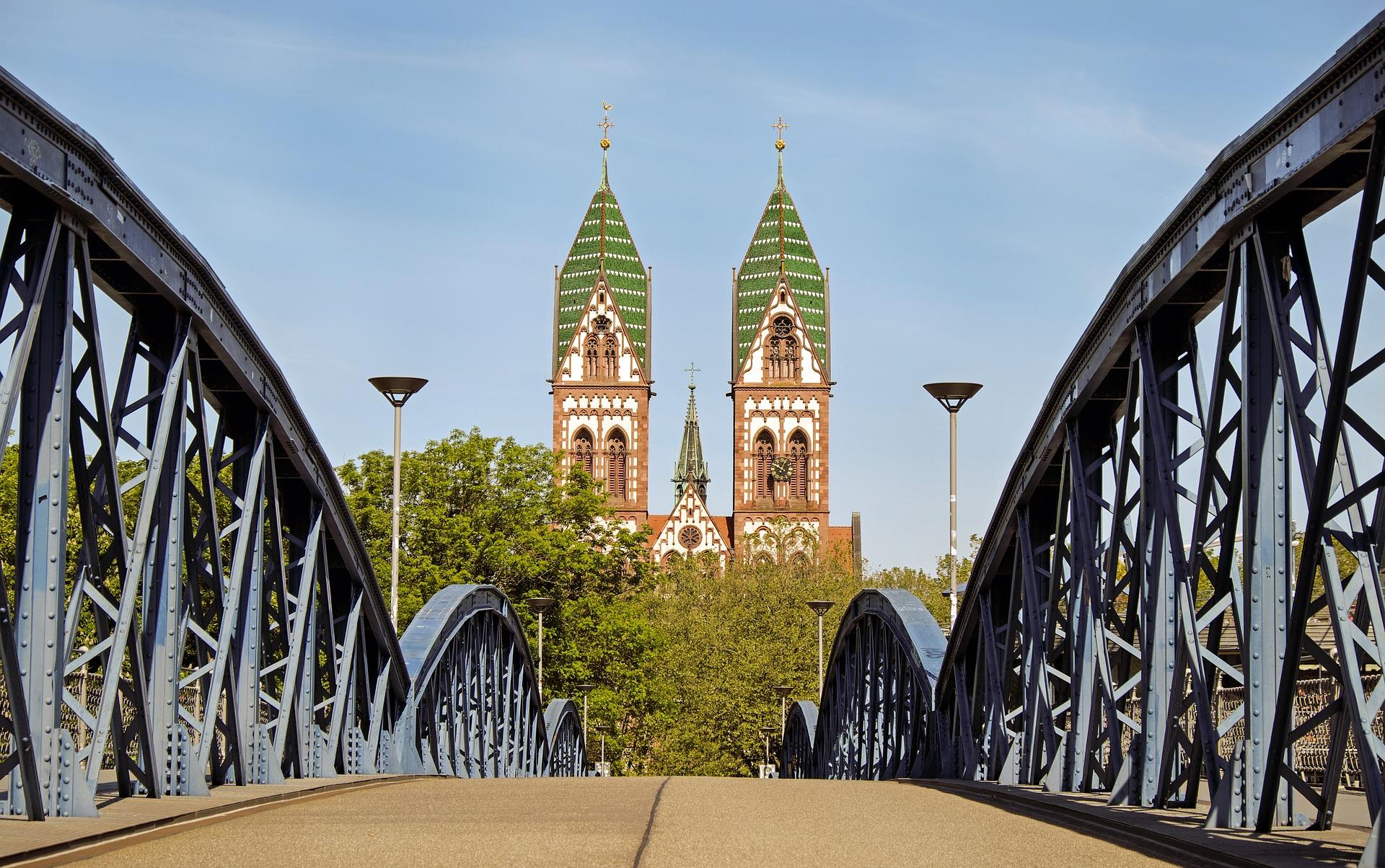 Kriminelle Zustände im Stühlinger Kirchplatz