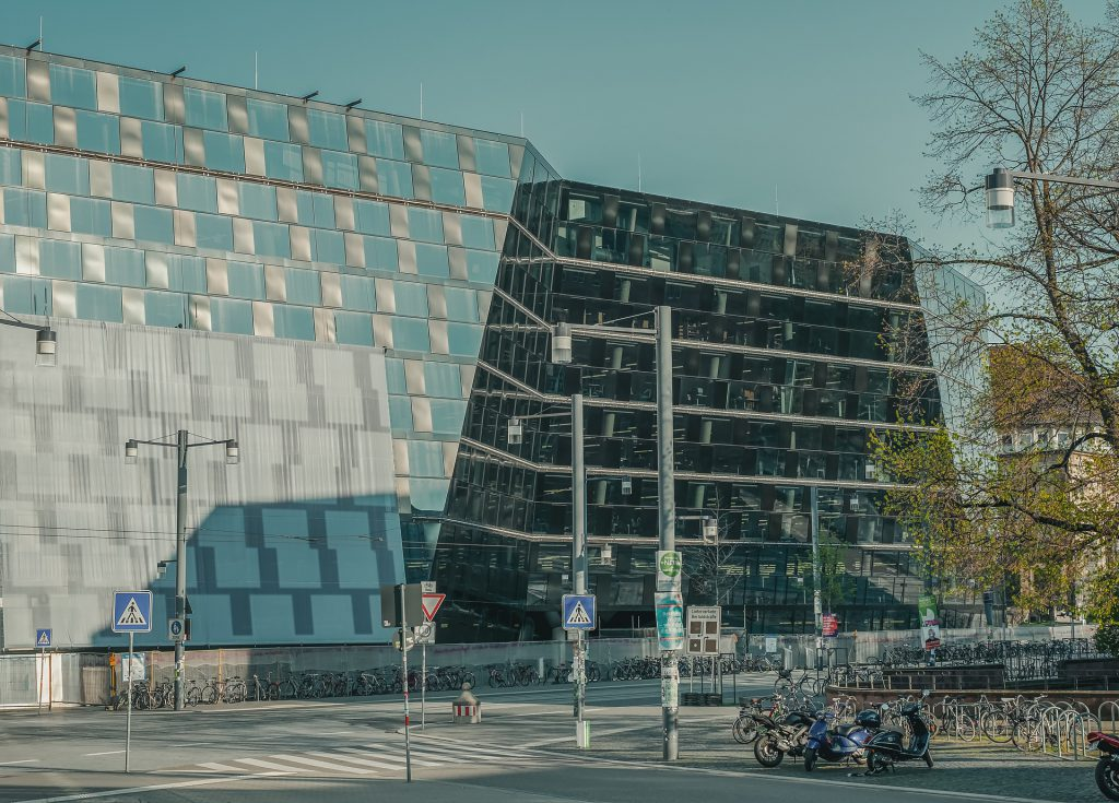 Linksextreme besetzen das Audimax der Uni Freiburg