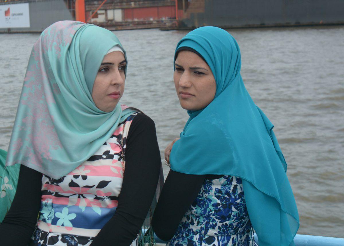 Kopftuch, Burka, Niqab, Tschador im Neuen Deutschland