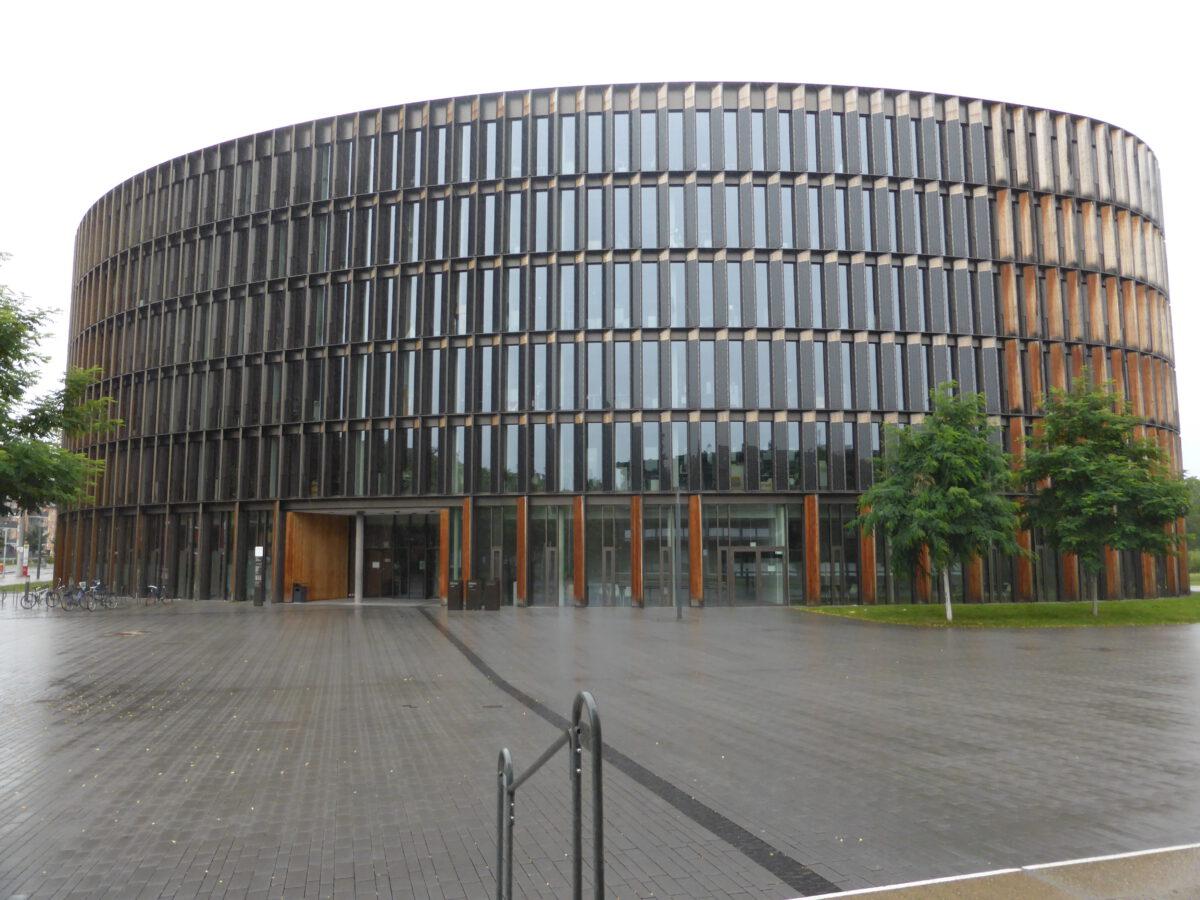 Freiburger Gemeinderat beschließt zweiten Rathaus-Neubau im Stadtteil Stühlinger